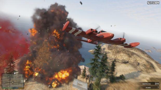 RSG GTAV Screenshot HUD 008 620x بزرگ ترین سرقت تاریخ، این بار با سه نفر   نقد و بررسی Grand Theft Auto V