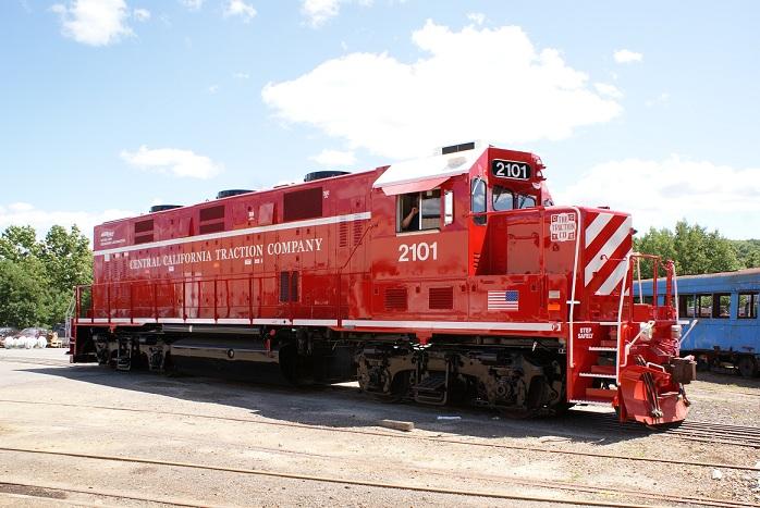 http://gamefa.com/wp-content/uploads/2014/07/Brookville_locomotive_2101_side_facing_right.jpg