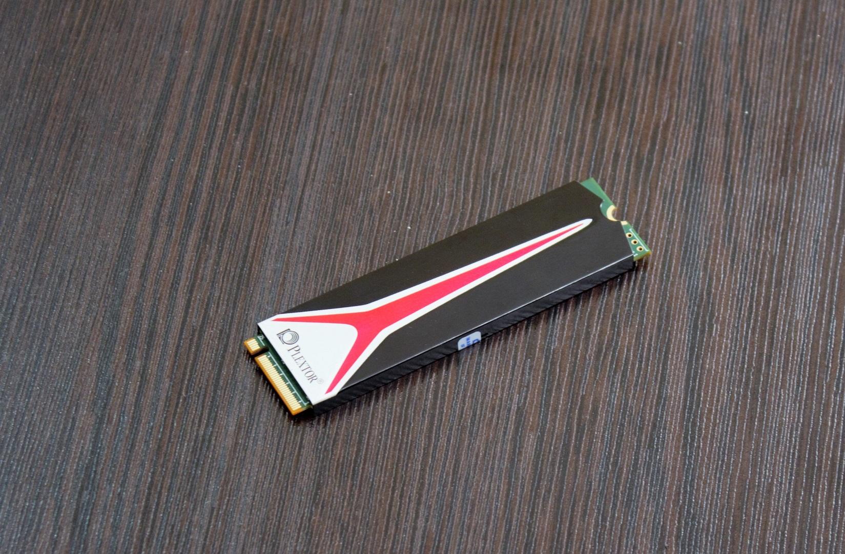 بررسی SSD M8Pe از پلکستور