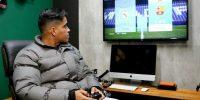 فوتبالیستی حرفهای برای تبدیلشدن به بازیکن سطح بالای FIFA از فوتبال خداحافظی کرد