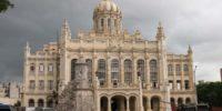 موزه ی انقلاب کوبا بنایی قدیمی است که در هاوانا قرار گرفته است.